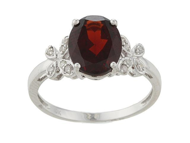 10k White Gold Oval Garnet and Diamond Ring (1/10 TDW) - size 6