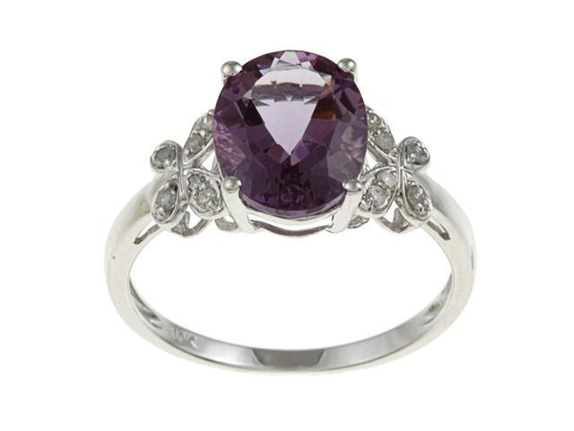 10k White Gold Oval Amethyst and Diamond Ring (1/10 TDW) - size 6