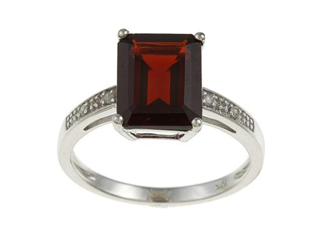 10k White Gold Emerald-Cut Garnet and Diamond Ring - size 8