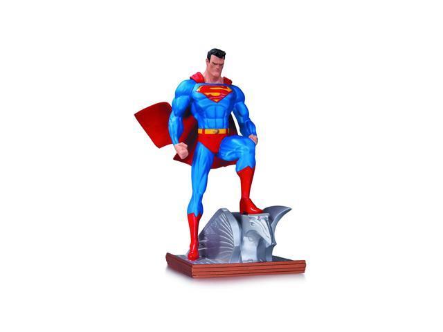 Superman Mini Statue New Edition