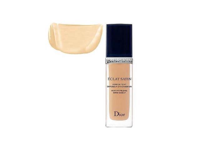 Christian Dior Diorskin Eclat Satin Fluid Foundation 200 Light Beige 30ml / 1.0 oz