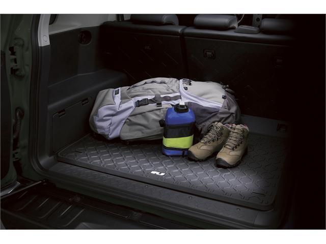 2009 Toyota FJ Cruiser All-Weather Cargo Mat