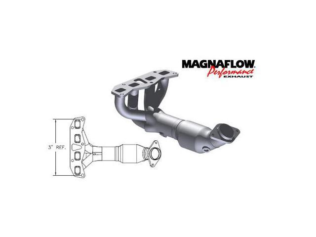 MagnaFlow Direct Fit Catalytic Converters - 02-06 Nissan Altima