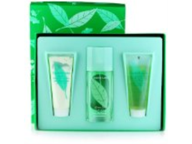 Green Tea by Elizabeth Arden for Women - 3 pc Gift Set 3.3 oz Scent Spray, 3.4 oz Refreshing Body Lotion, 3.3 oz Refreshing Bath & Shower Gel