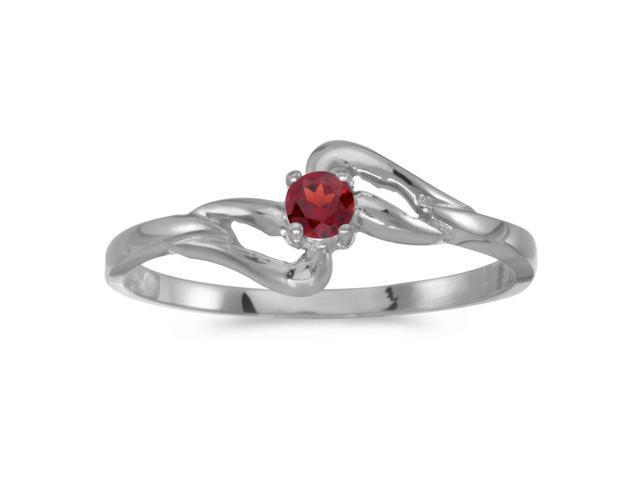 14k White Gold Round Garnet Ring (Size 8.5)