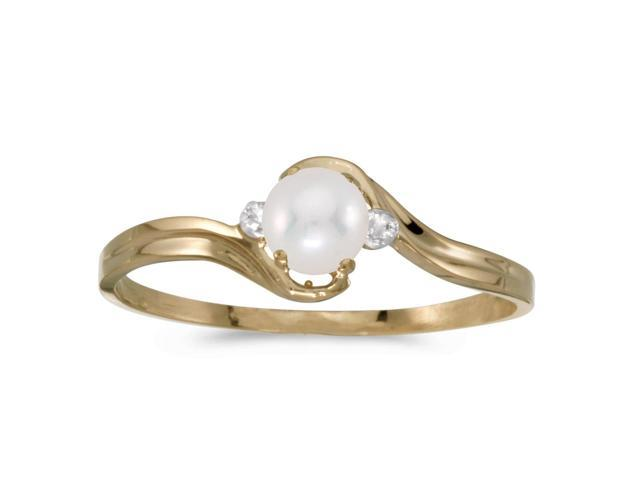 10k Yellow Gold Freshwater Cultured Pearl And Diamond Ring (Size 5)