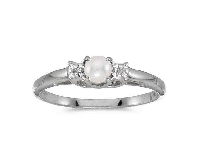 14k White Gold Freshwater Cultured Pearl And Diamond Ring (Size 6)