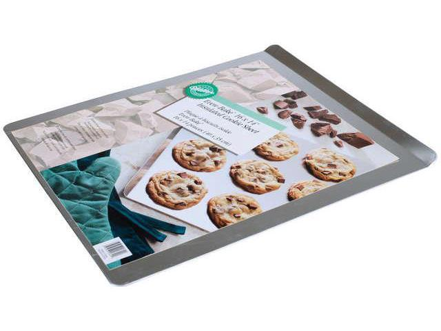Even-Bake Insulated Cookie Sheet-16