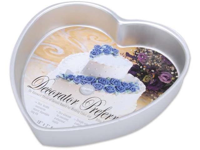 Decorator Preferred Cake Pan-Heart 10