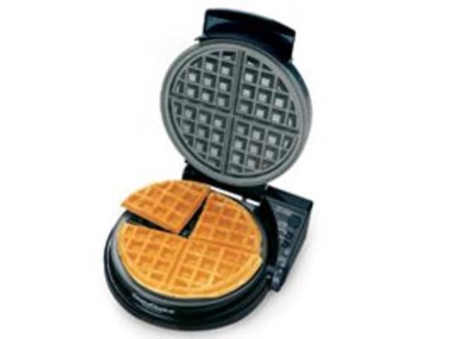 Chef'sChoice International WafflePro Taste/Texture Select Classic Belgian - M830B