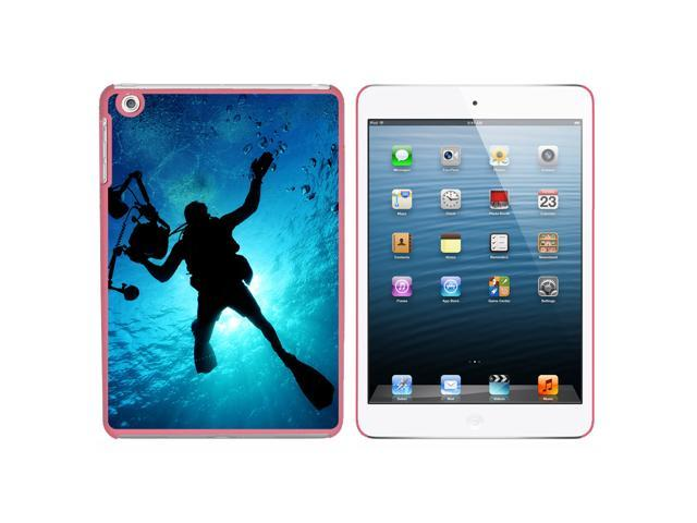 Scuba Diver - Diving Underwater Snap On Hard Protective Case for Apple iPad Mini - Pink