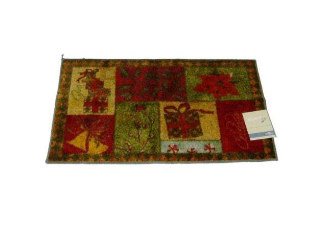Mohawk Christmas Patchwork Throw Accent Rug Red & Green Mat with Non-Skid Back