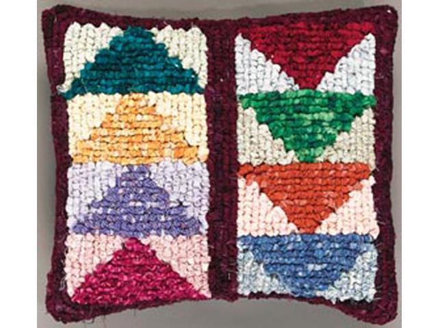 Quilt Mates Locker Hook Pillow Kit 12-1/2