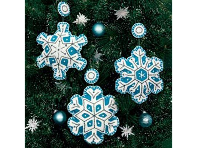 "Flurries Ornaments Felt Applique Kit-4""X4"" Set Of 3"