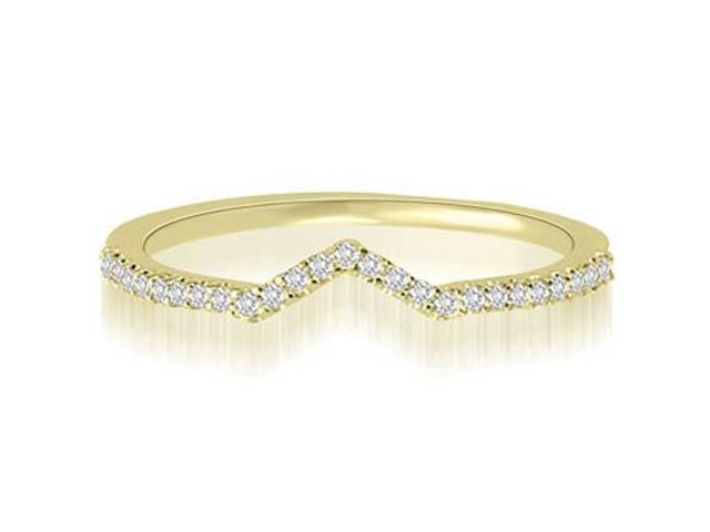 0.15 cttw. Petite Curved Round Cut Diamond Wedding Ring in 14K Yellow Gold (SI2, H-I)