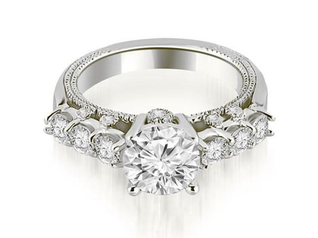 0.95 cttw. Milgrain Round Cut Diamond Engagement Ring in Platinum