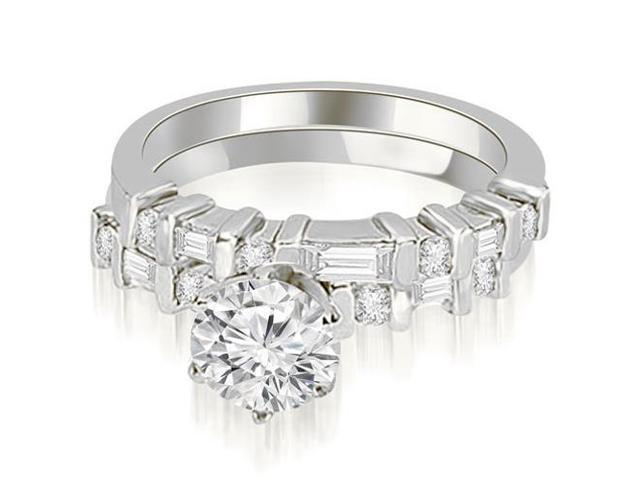 1.05 cttw. Round and Baguette Diamond Bridal Set in Platinum