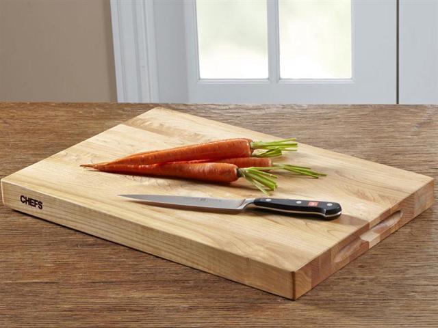 Chefs 18x12 In Maple Cutting Board