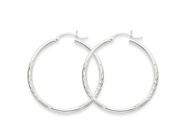 14k White Gold Satin & Diamond-cut 2mm Round Hoop Earrings. 35mm Diameter.