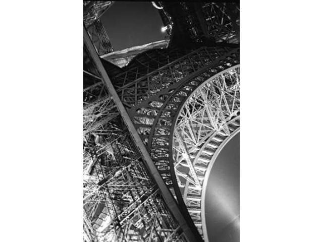 Eiffel Tower II Poster Print by Linda Omelianchuk (24 x 36)