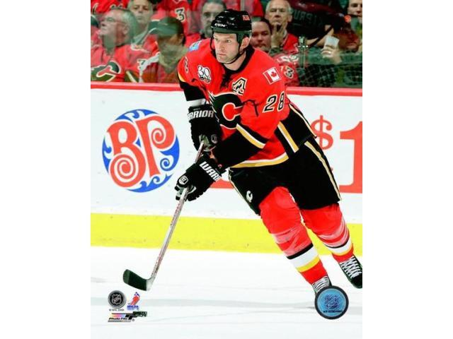 Robyn Regehr 2009-10 Action Photo Print (8 x 10)