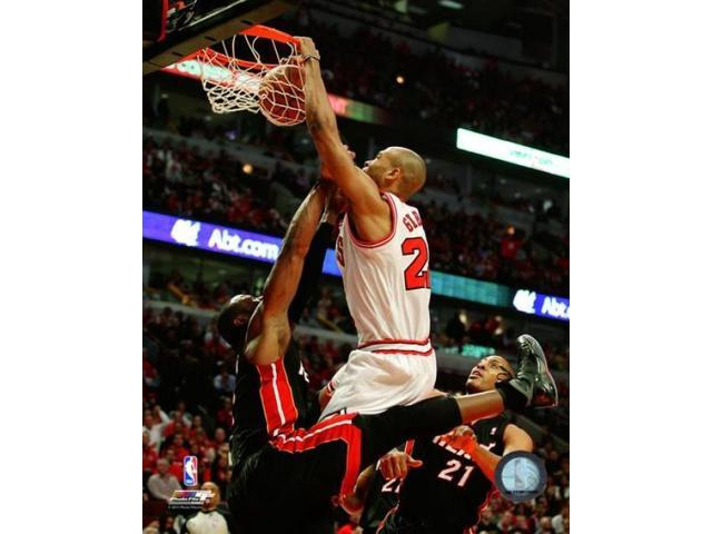 Taj Gibson 2010-11 Playoff Action Photo Print (8 x 10)