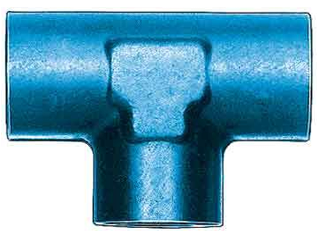 Aeroquip FCM2151 Female Pipe Tee