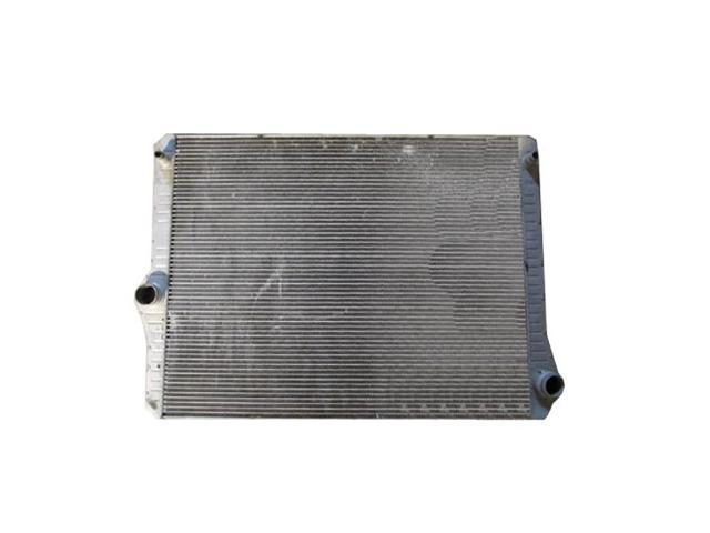 Replacement TYC 13353 Radiator For 2011 BMW 528i 17117612954 BM3010170
