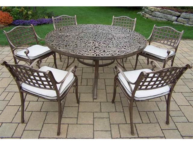 pc round outdoor dining set