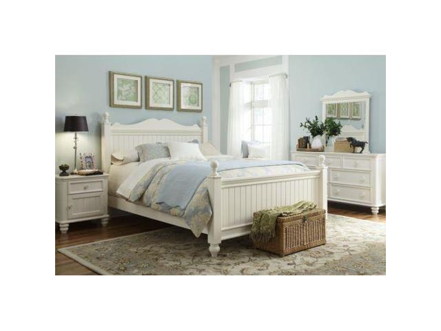 breeze low poster four piece bedroom set in off white