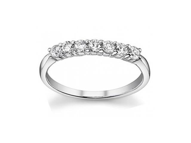 0.50 ct Ladies Round Cut Diamond Wedding Band Ring in 14 kt White Gold