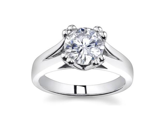 0.73 Ct Ladies Round Cut Diamond Engagement Ring  in Platinum