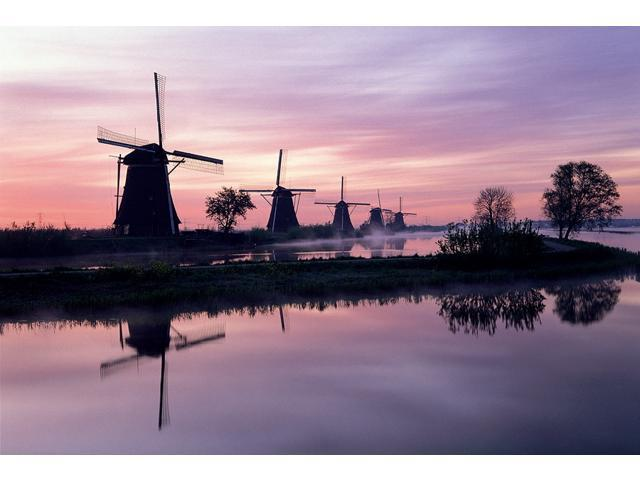 1,000 Pieces Jigsaw Puzzle - Windmill, Netherlands; Glow-in-the-Dark.