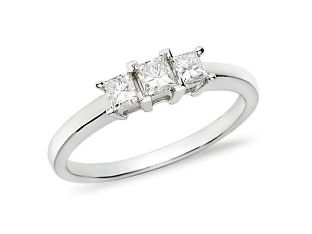 Amour 14k White Gold 1/2ct TDW Diamond Three Stone Ring (H-I, I2-I3)