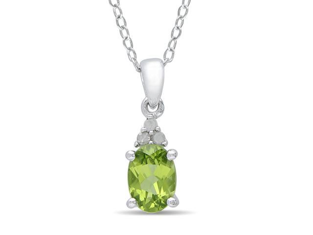 Amour Sterling Silver 4/5ct TGW Peridot and 0.03ct TDW Diamond Pendant (G-H, I3) (18in)