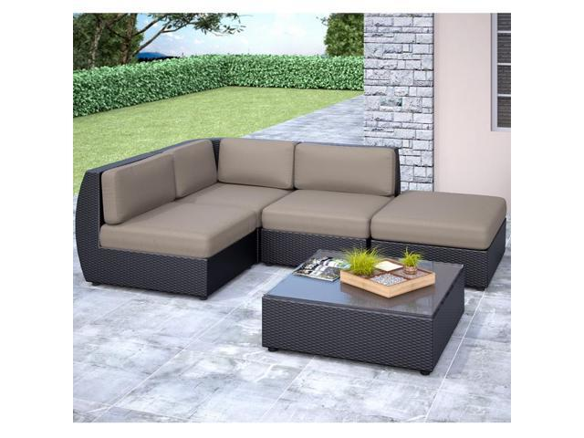 CorLiving PPS-601-Z Seattle Curved 5 pc Sectional with Chaise Lounge Patio Set