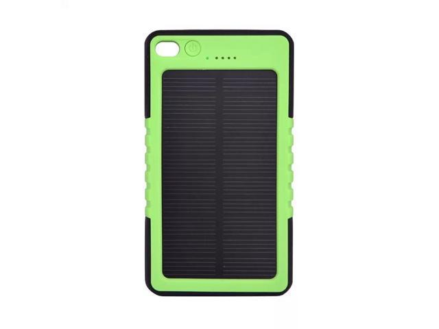 solar panel charger 8000mah rainresistant and dirt
