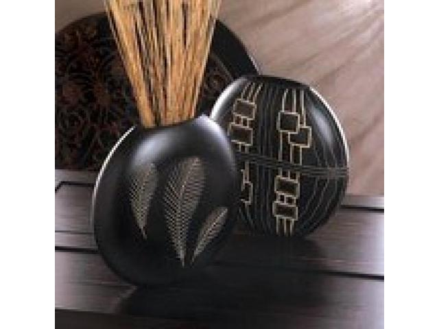 Leaf Design Wood Decorative Vase