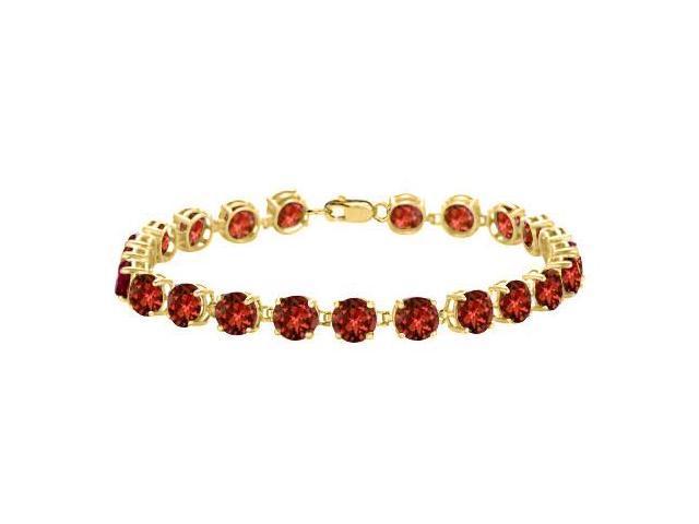 Garnet Bracelet in 18K Yellow Gold Vermeil. 12CT. TGW. 7 Inch