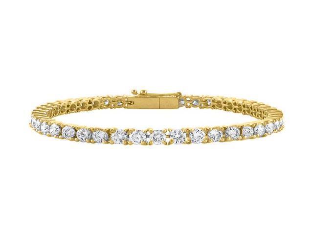 Cubic Zirconia Tennis Bracelet in 18K Yellow Gold Vermeil. 5 CT. TDW. 7 Inch