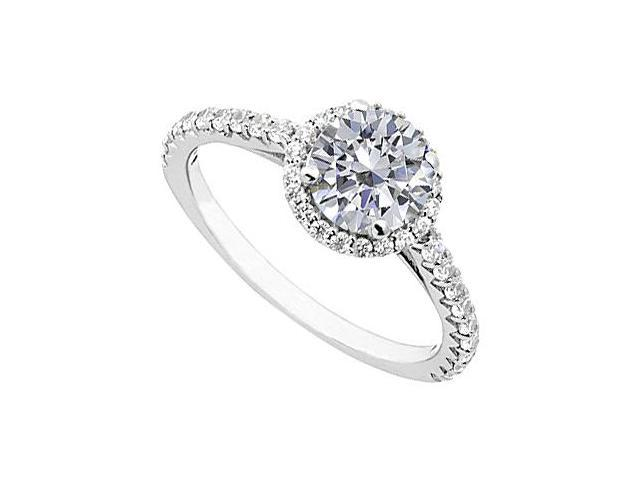 Round Halo Diamond Ring in 14K White Gold 1.00.ct.tw