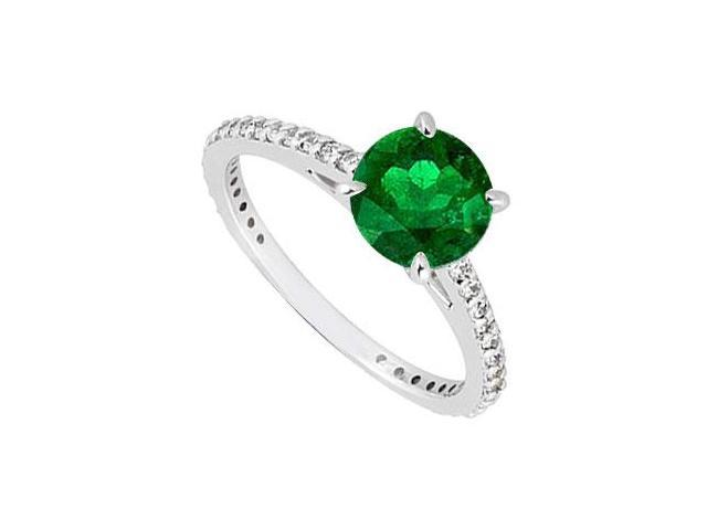 14K White Gold Emerald  Diamond Engagement Ring 0.85 CT TGW