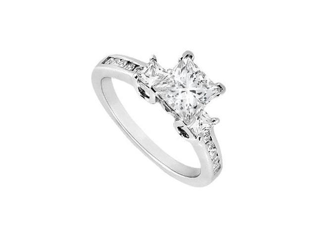 Diamond Engagement Ring  18K White Gold - 1.00 CT Diamonds