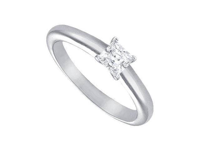 Diamond Solitaire Ring  Platinum  0.25 CT Diamond