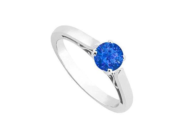 Blue Sapphire Solitaire ring in 14 K White Gold 0.50 ct tgw