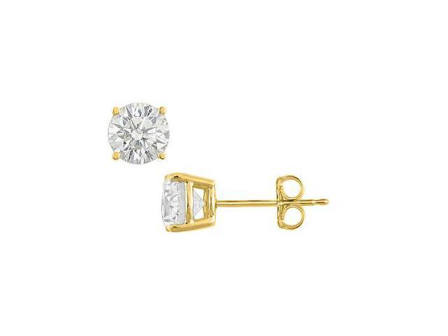 2 Carat Cubic Zirconia Stud earrings in 18K Yellow Gold Vermeil Sterling Silver