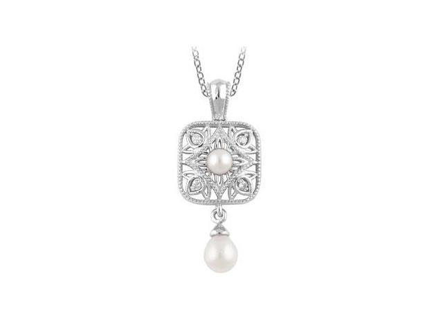Diamond and Pearl Freshwater Cultured Pendant in .925 Sterling Silver 18 Inch Necklace