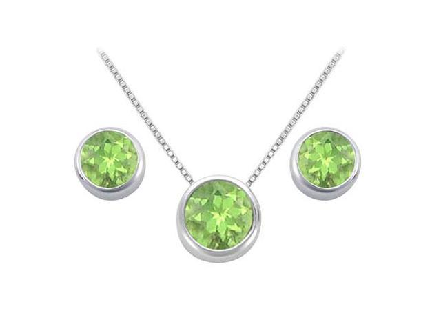 Peridot Solitaire Stud Earrings and Pendant in 14k White Gold 3.00.ct.tgw