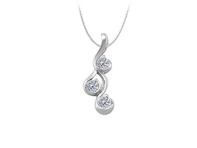 Three Stone Diamond Pendant in 14K White Gold 0.25 CT TDWPerfect Jewelry for Women
