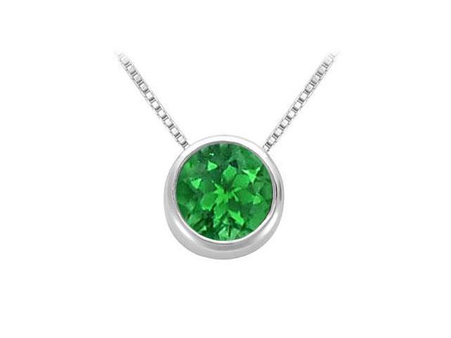 Created Emerald Solitaire Pendant in 14kt White Gold 1.00.ct.tgw